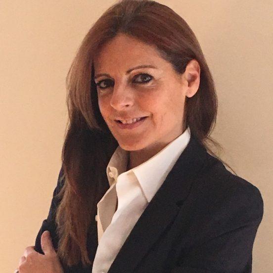 """Esmeralda González de Ampuero: """"Caminar hacia unas finanzas sostenibles"""""""